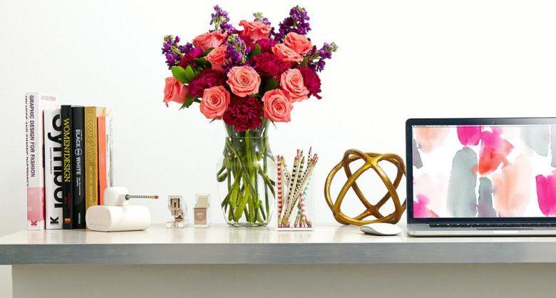decorar tu oficina con flores