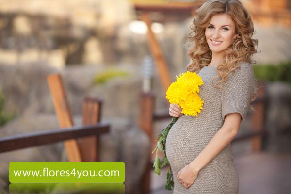 Flores mujer embarazada madre 2
